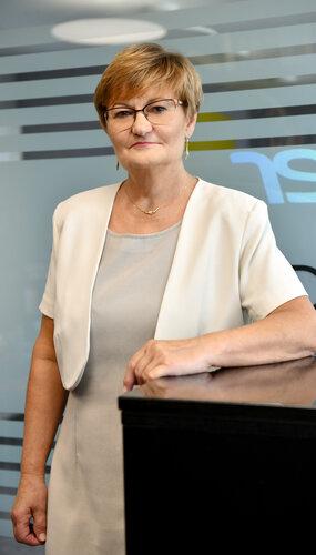 Erzsébet Májer