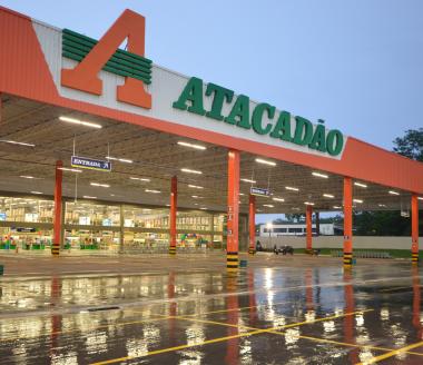Primeira unidade do Atacadão na região de CriciúmaFachada Atacadão
