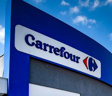Fachada Carrefour