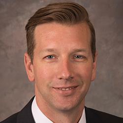 Aaron Elkins portrait image. Your local financial advisor in Edina,