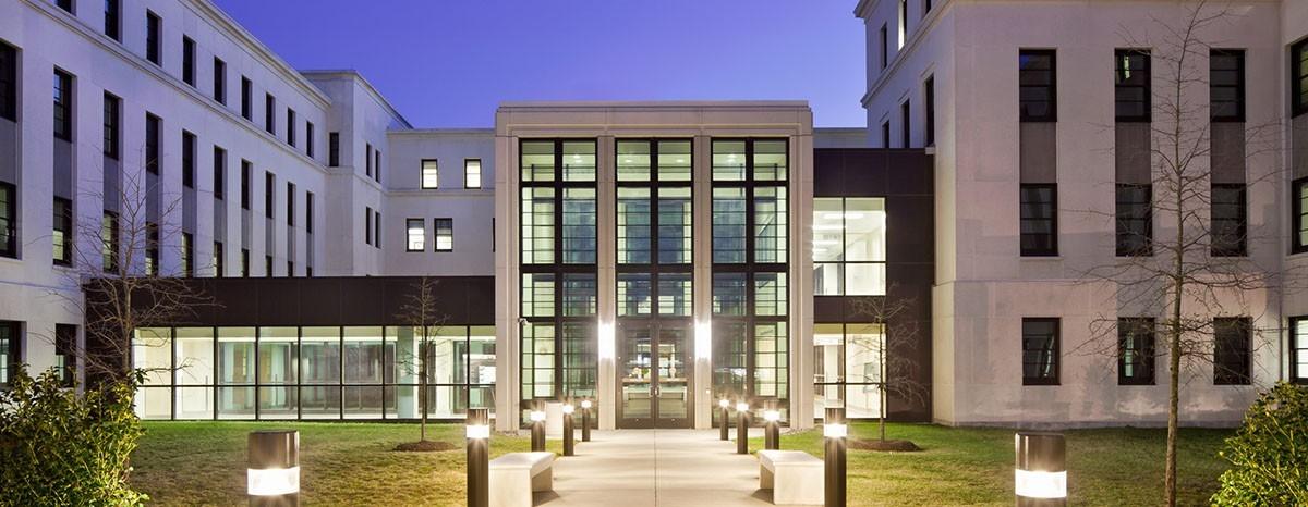 Hotels Near Walter Reed Medical Center