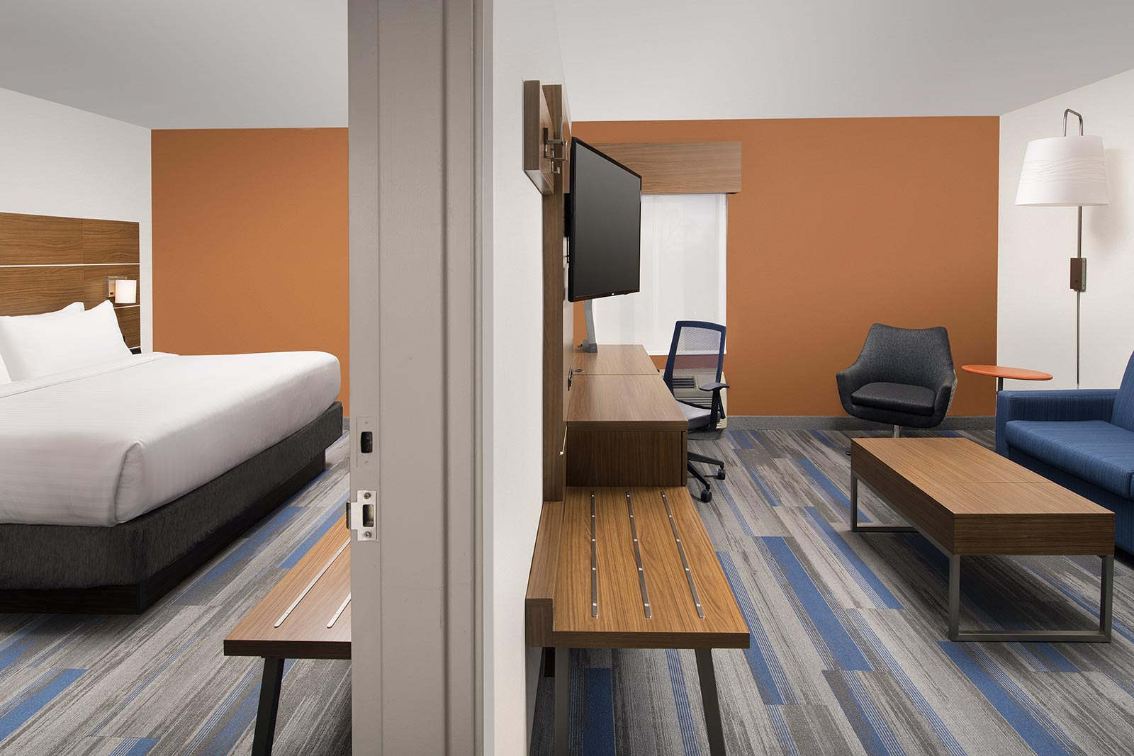 Rooms and Suites at Our University of Maryland College Park Hotel