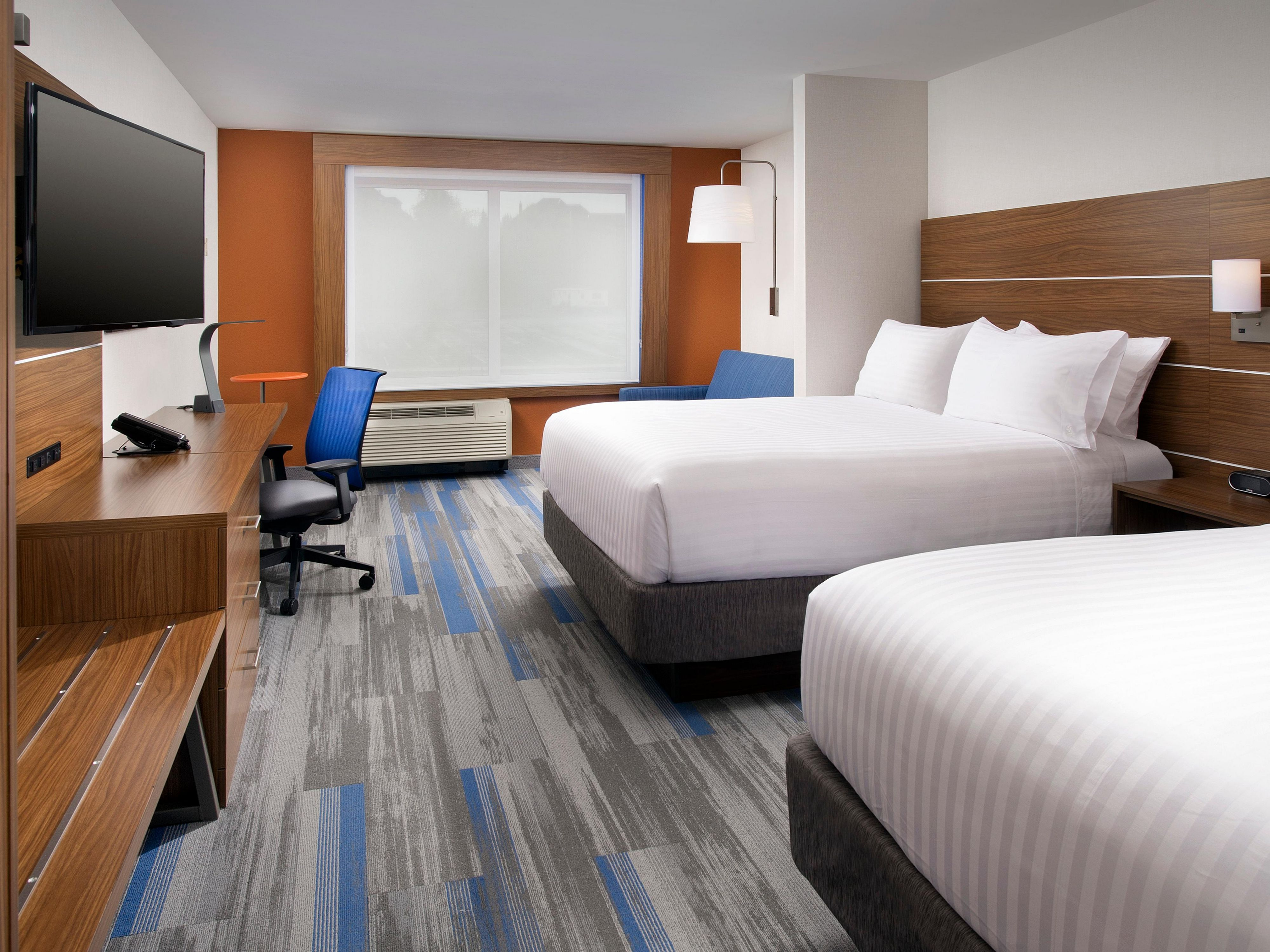 two queen beds suite at holiday inn express suites altoona in