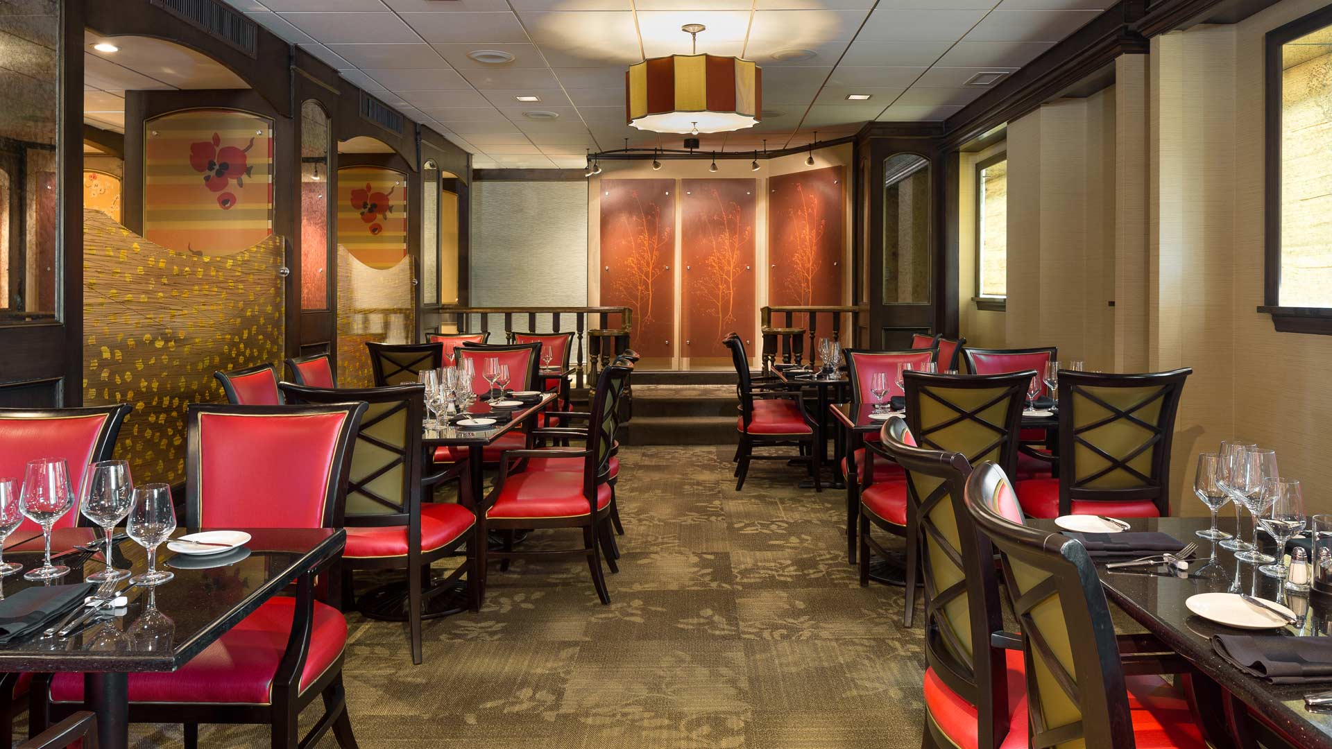 Romantic Kansas City Missouri Restaurant Chaz On The Plaza