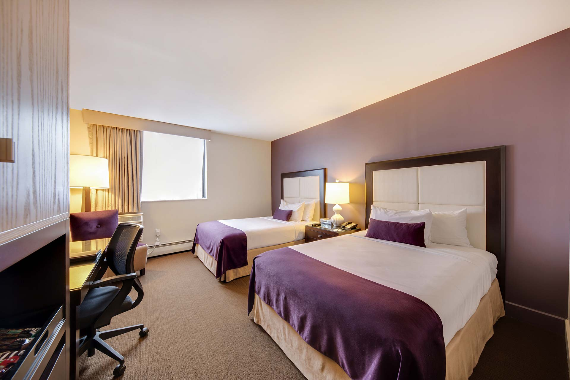 Great Neck Ny Lodging Rooms At The Andrew Hotel Room Deluxe With Two Double Beds