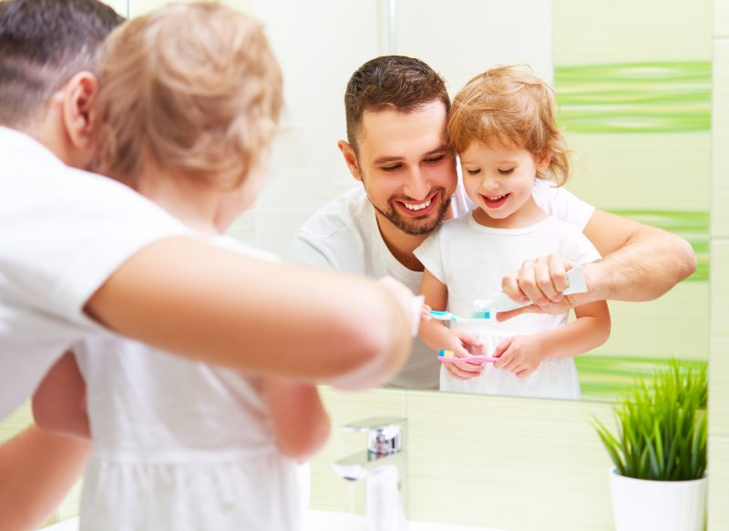 A Step-by-Step Guide to Teaching Good Brushing Habits to Your Kids