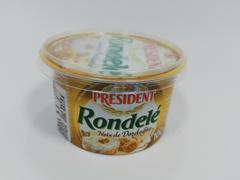 Crema de branza cu nuci 100 g President
