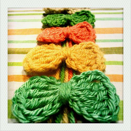 Pattern: Super Simple Crochet Bows