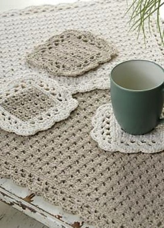 Placemate and Coasters by Marilyn Coleman