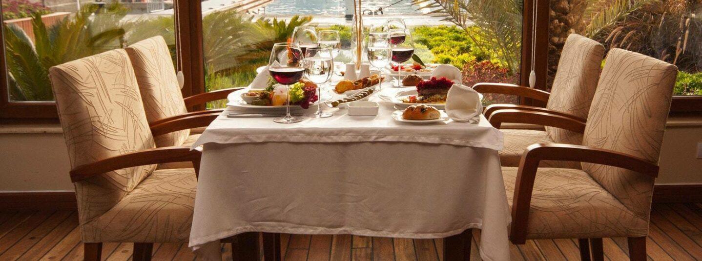 Comida De Hotel — Vale a Pena Experimentar a Gastronomia Da Sua Hospedagem