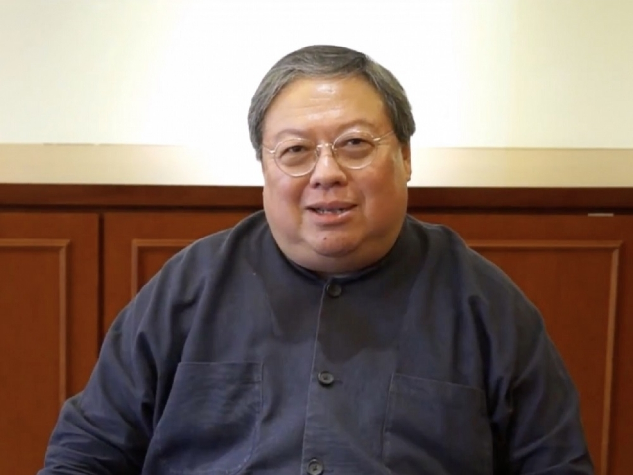 Ex-official Patrick Ho has doctor's licence suspended