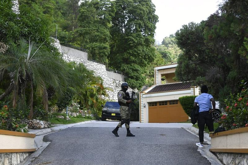 Colombia says ex-Haiti official suspected of ordering Moise hit