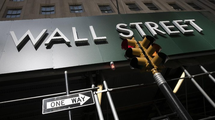 AS-China Makin Tegang, Wall Street Nyungsep