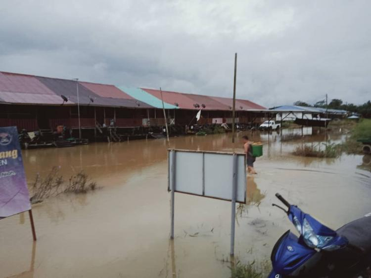 Ongoing flood disaster in Baram region of Sarawak - courtesy of Samling and Co