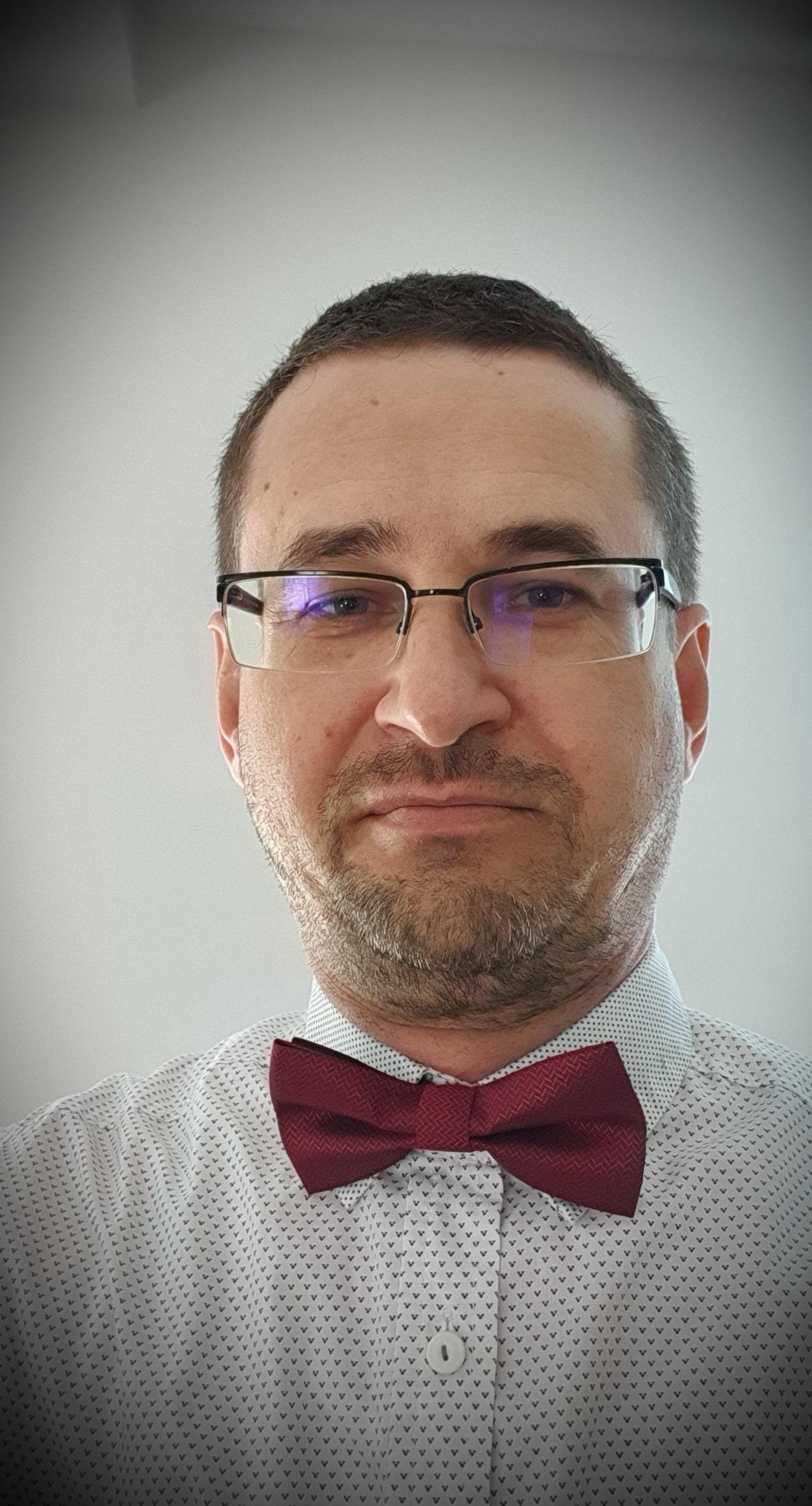 Psih. Adrian Martiniuc
