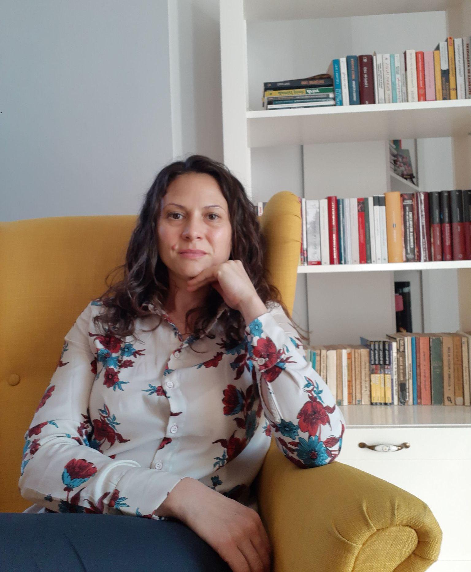 Mirela Parv