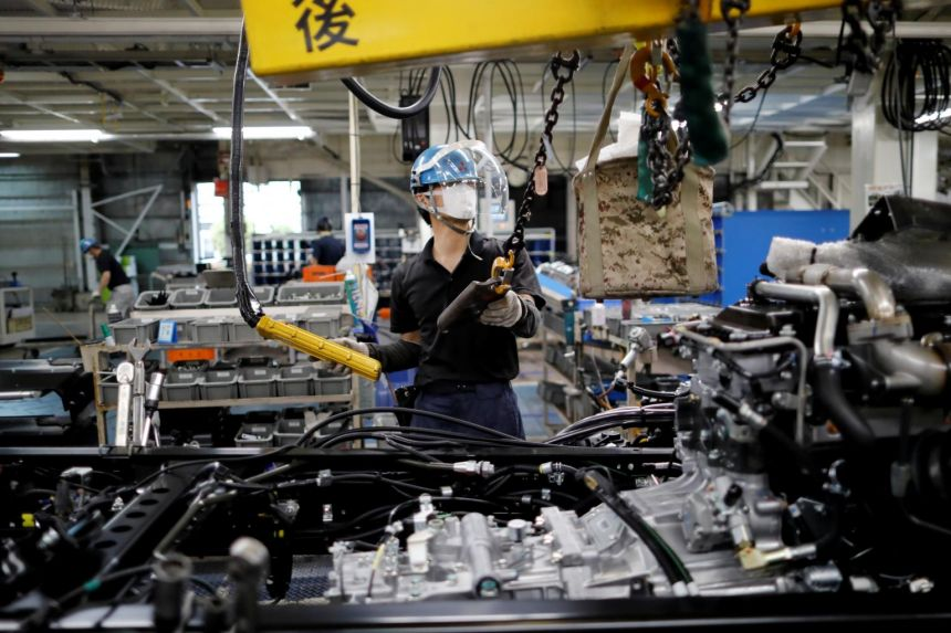 The survey showed manufacturers' new export orders grew at their fastest pace since early 2018.