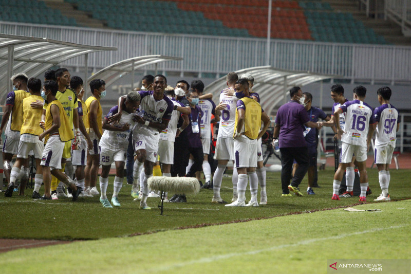PSSI berharap wasit-asisten wasit Liga 1 lebih baik usai penyegaran