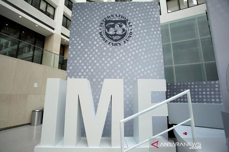 IMF pangkas perkiraan pertumbuhan Asia, ingatkan risiko rantai pasokan