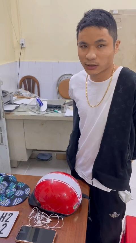 Bắt khẩn cấp đối tượng cướp tiệm vàng ở huyện Hóc Môn, TP HCM