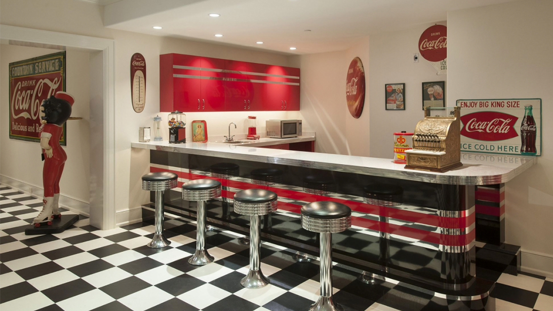 Classic 50 S Diner Graces Lower Level Of Lower Gwynedd Home Around Ambler