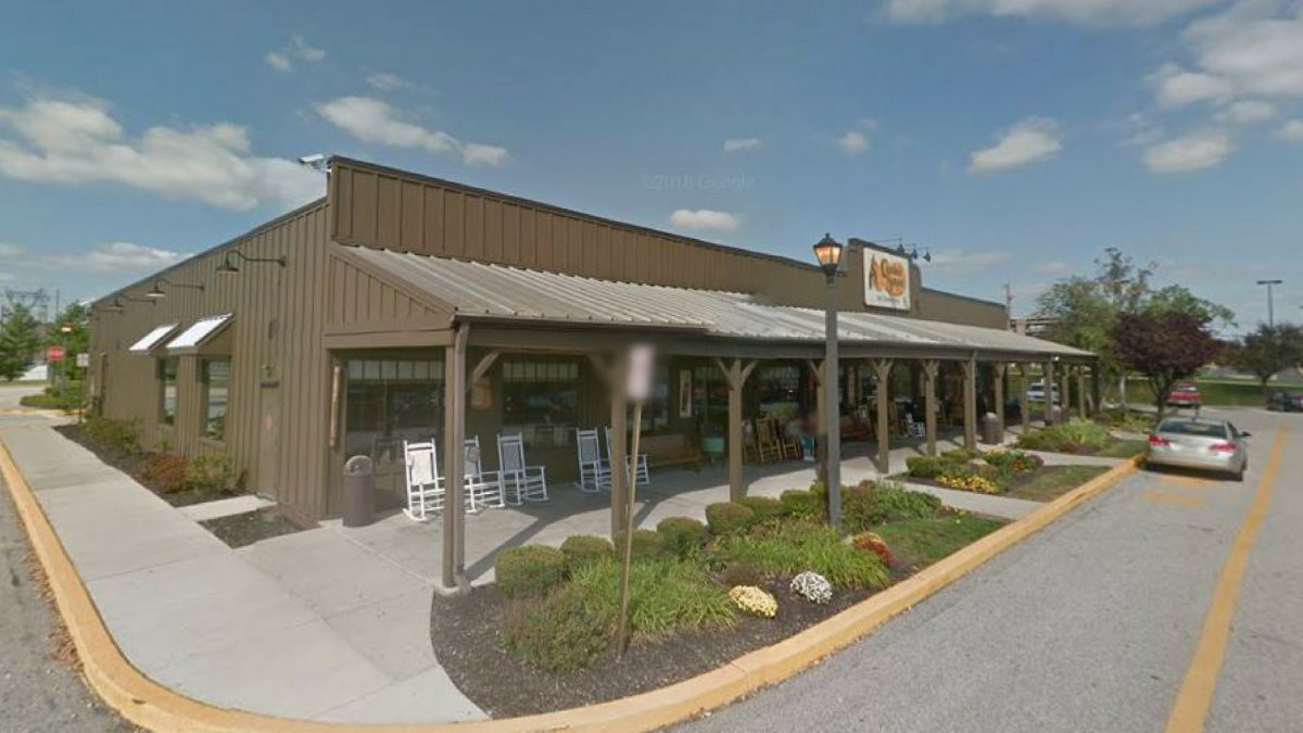 Nice Story About Someone S Experience At Cracker Barrel In Plymouth