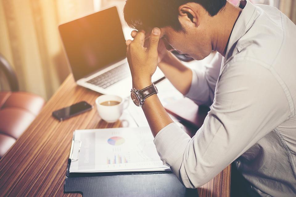 7 shkaqe të zakonshme të vendimeve të këqija për të cilat nuk mendoni sa duhet