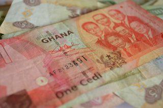 Centrální banka v Ghaně zavede nové bankovky