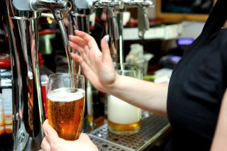 Nízký obsah alkoholu je novým trendem v britském pivním průmyslu