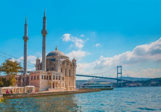 Turecko hostilo za prvních jedenáct měsíců 2019 na 43 mil. turistů