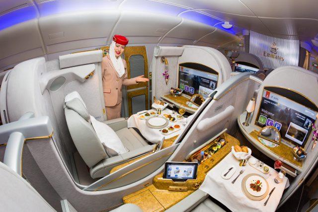 Vnitřek letadla Airbus A380, první třída