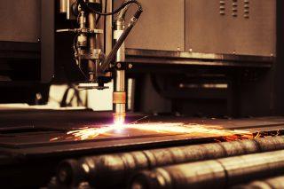 Další strojírenské firmy zvažují zastavení výroby. Důvodem je očekávaný nedostatek italské oceli