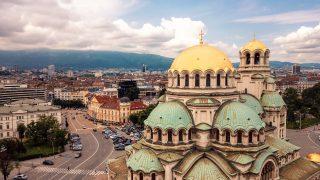 V Bulharsku jsou uzavřena města, vjezd kontroluje policie
