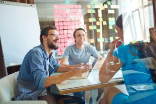 Průzkum: Podnikat chce 20 % studentů, 64 % podnikání zvažuje