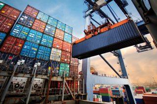 Vývozu se v prosinci příliš nedařilo, na export šlo méně aut