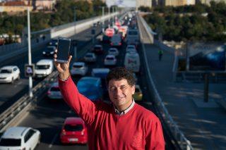 Mobilní aplikace dopravu ve městech nezlepšily. Mileus proto sází na kombinaci s MHD