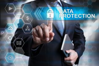 Právní aspekty a etické výzvy kybernetické budoucnosti
