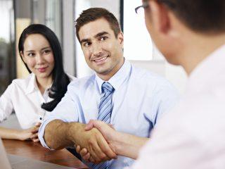 Studie EY: Klíč ke správnému fungování firmy tkví v posílení vztahu mezi finančním a marketingovým oddělením