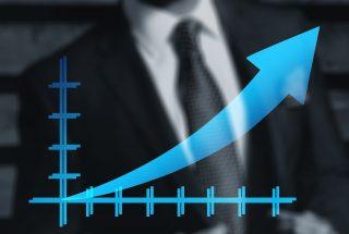 Česká ekonomika brzdí. Loni narostla o 2,4 procenta