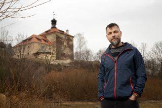Tvrz dobyta: Gotický poklad si oblíbili filmaři i svatebčané