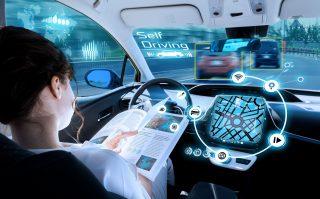 Obavy z bezpečnosti autonomních vozidel klesají, česká legislativa se na ně již začíná připravovat