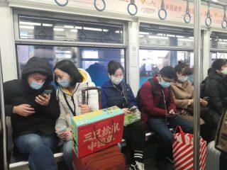 Život v Číně se vrací k normálu