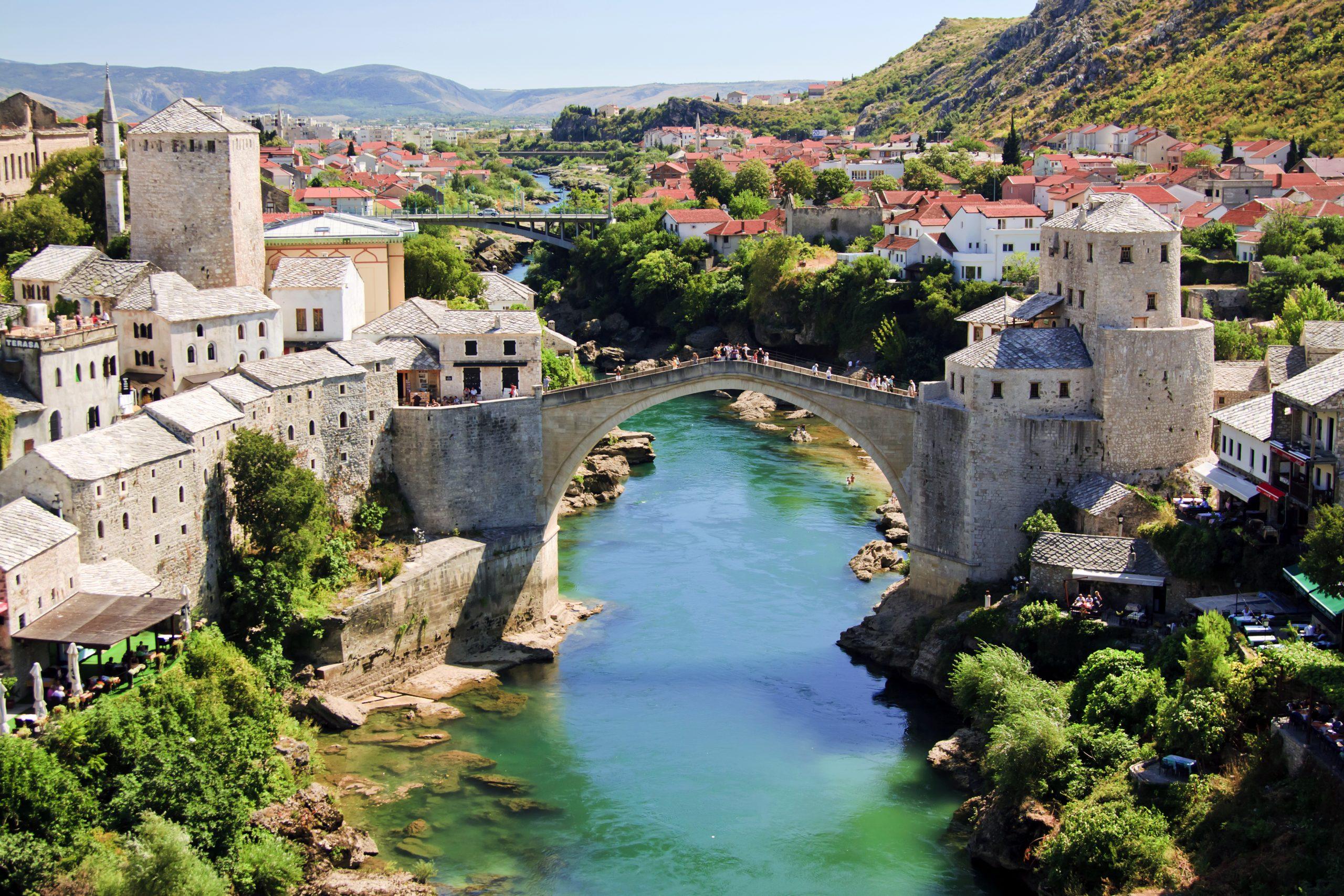 Bosna a Hercegovina zřídila dva krizové štáby, kvůli viru a ...