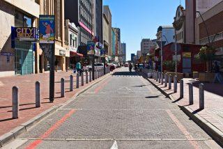 Jižní Afrika se na tři týdny zcela uzavírá světu