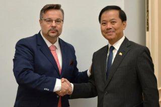 Česká republika vedla meziministerské konzultace s Myanmarem