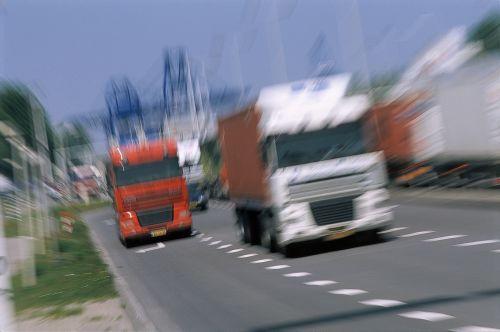Tlak na české řidiče kamionů trvá dál, spory o vysílání pracovníků v EU pokračují