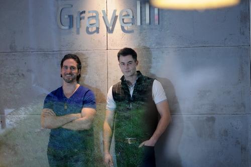 Ladislav Eberl a Jiří Peters, Gravelli