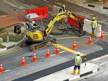 dělníci stavba