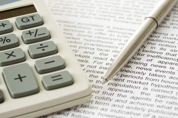 kalkulačka pero účty