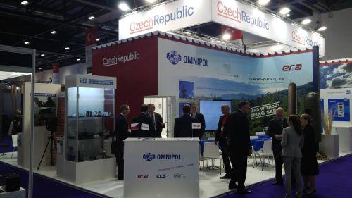 Stánek firem ze skupiny Omnipol